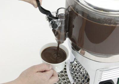 1bhc235_pour_chocolateshot